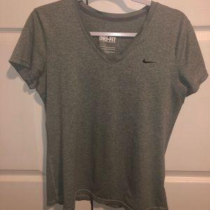 Nike top!!